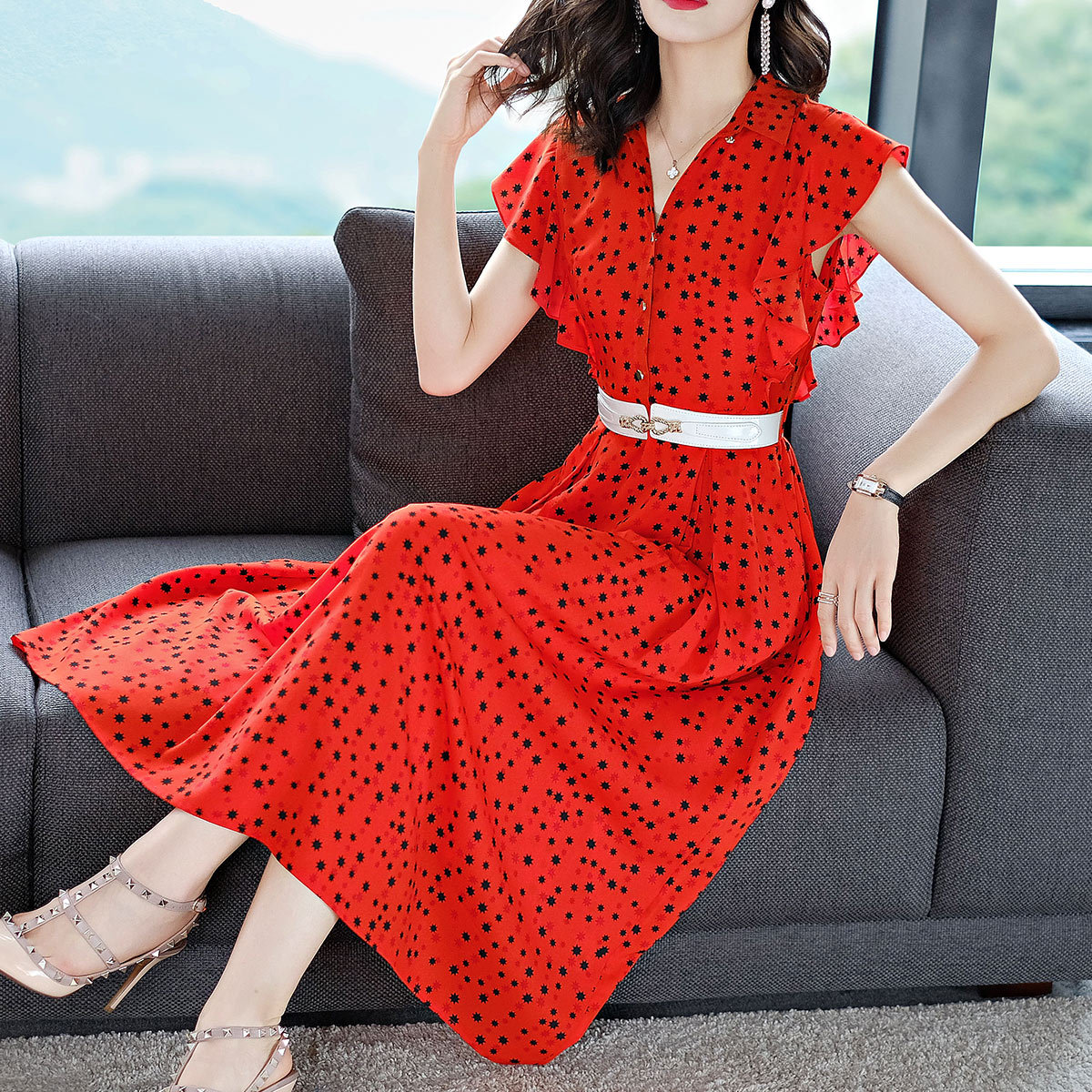 Vestidos 2018 Europe Summer Maxi Dress Women Dresses Ukraine Fashion V Neck Elegant Printing Flounce Sleeveless Dress Plus Size