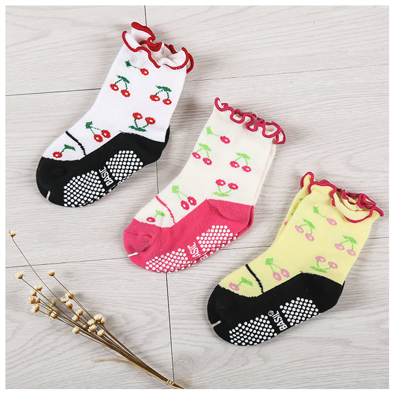 w017 Free shipping 1-3 years girl socks relent cherry Non-slip rubber point cotton socks ...
