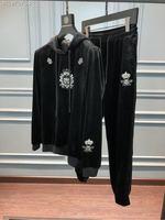 WE0984BH модные Для мужчин наборы 2018 взлетно посадочной полосы Элитный бренд Европейский Дизайн вечерние стиль Мужская одежда
