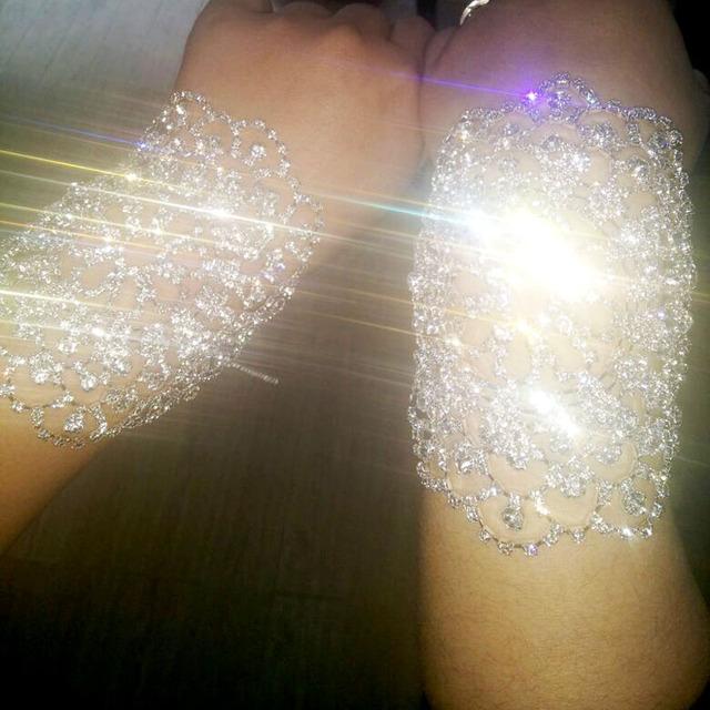 Luvas de Casamento de Prata Bling Do Cristal de luxo 2016 Acessórios de Noiva Luvas Sem Dedos de Noiva Do Casamento do Navio Rápido Em Estoque G3