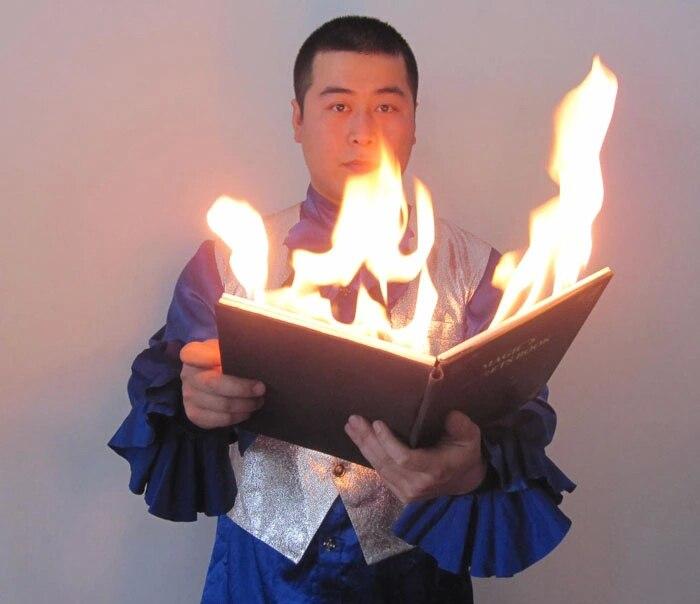 Colombe Incendie Livre Feu D'étape Magique Tours de Magie accessoires magicien professionnel magia illusion 83128