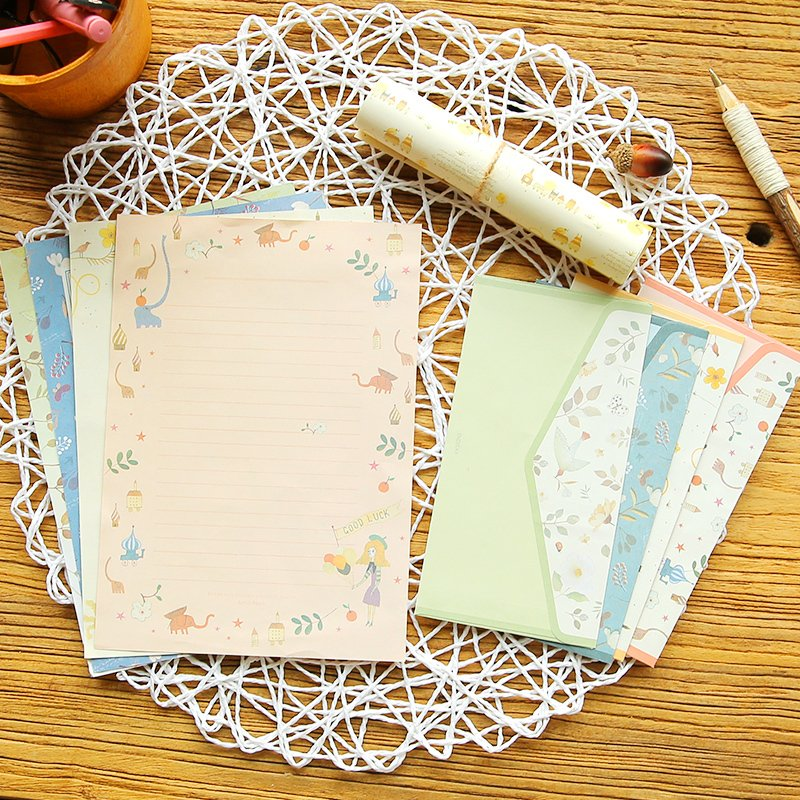 South Korea's Creative Writing Paper Envelope Suit Small Pure Fresh Romantic Flowers Lovely Letter 4 Letter Papers + 2 Envelopes
