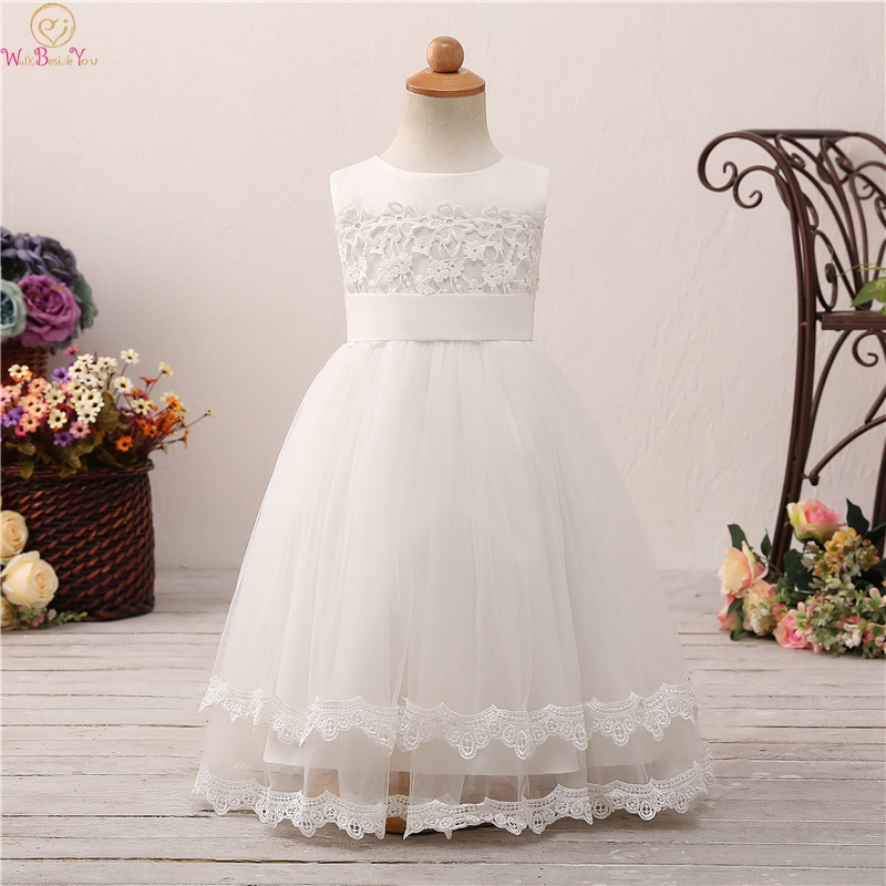 2019 Sleeveless Floor Length Ball Gown   Flower     Girls     Dresses   For Wedding Elegant Appliques With Bow First Communion vestido Gowns