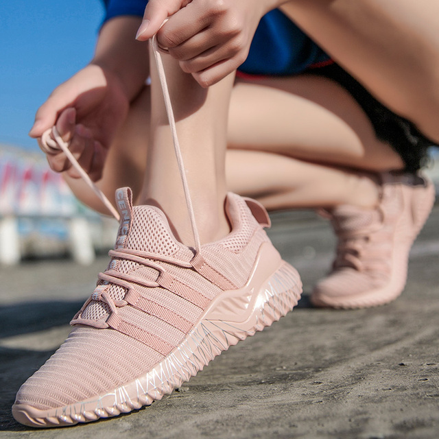 Sport Sneakers for Women Scarpe Donna Fly Knitting Breathable Shoes Woman High Quality Footwear Female Shoes Flats Dropshipping