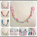 Personalizado qualquer nome mão engraçado colorido contas clipe manequim cadeia titular chupeta clipes chupeta para DC001