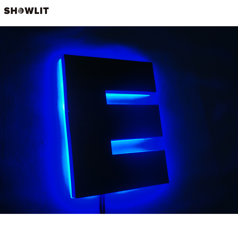 Waterproof golden steel led backlit letters and signs