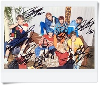 Signed BTS Autographed Group Photo LOVE YOURSELF 4 6 Inches Freeshipping 09201701