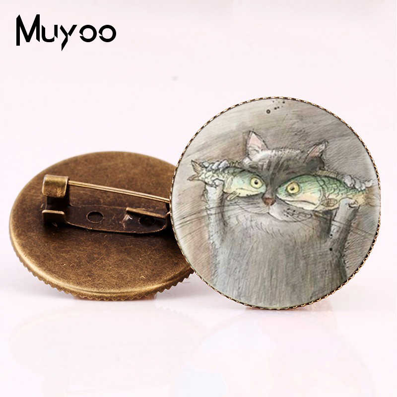 2017 New Style Cat And Fish Brooch pin Animal Photo Brooches Cartoon Painting Pins Gifts Women Silver Bronze Jewelry Glass Round