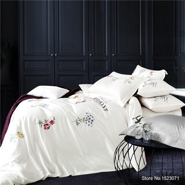 2cf8119766 High Quality 100 Cotton Summer Style Bed Linen 4 Pieces Bedding Set  Including Duvet Cover Bed