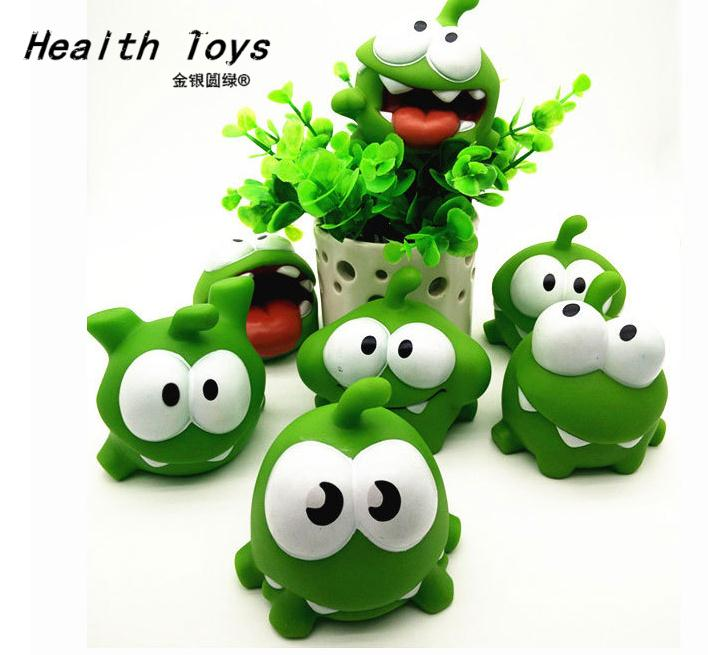 2017 hot sale Free shipping In Stock Kids Toys One Pice 7.5*7.5*6.5cm Genuine Om Nom action Toy With Squeeze-Sounding Action Toy lps pet shop toys rare black little cat blue eyes animal models patrulla canina action figures kids toys gift cat free shipping