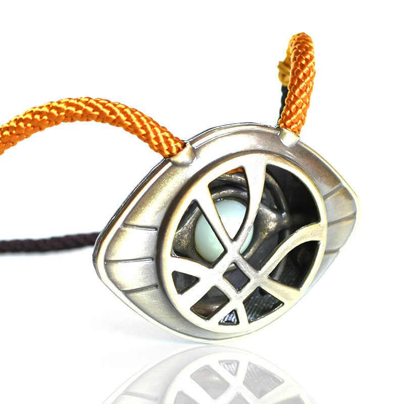 The Avengers 4 Doctor Strange collier Marvel super-héros cadeau pour hommes femmes lumineux pendentif porte-clés mode bijoux