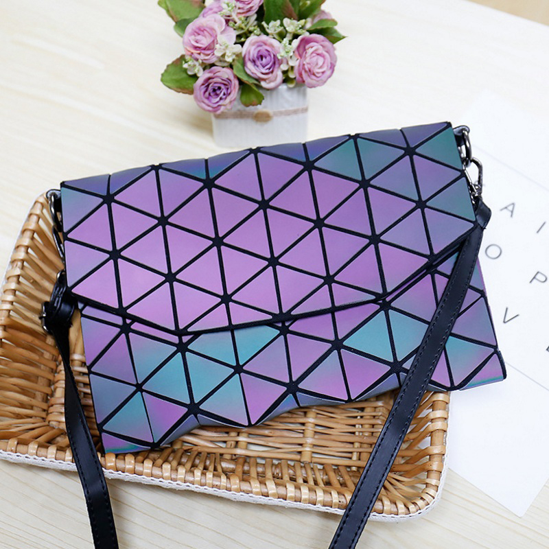 2017 new women evening bag small plaid geometric envelope handbag women clutch ladies purse crossbody messenger shoulder bags Matte Luminous Women Evening Bag Shoulder Bags Girls Flap Handbag Fashion Plaid Geometric Casual Envelope Clutch Messenger Bags