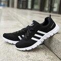 Primavera e no outono novos homens sapatos casuais sapatos respirável sapatos de tecido de malha de lazer tempo motion há uma grande tamanho 45-48