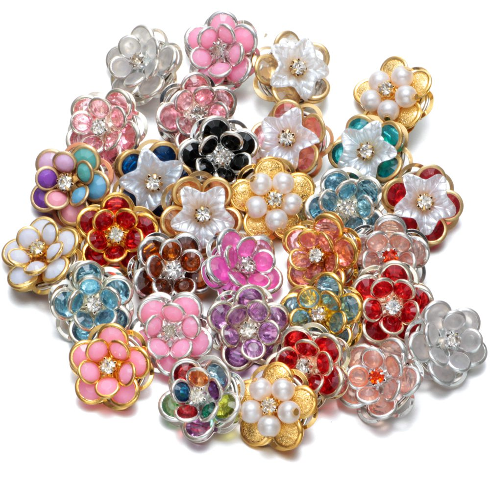 50pcs/Lot Metal Flower Pattern Multi Color Metal Charms 18mm Snap Button Jewelry For 18mm Snaps Bracelet Snap Jewlery KZHM022 ...