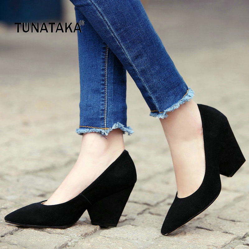 все цены на Suede Comfort Square Heel Woman Lazy Pumps Fashion Pointed Toe Dress Shoes Woman Black