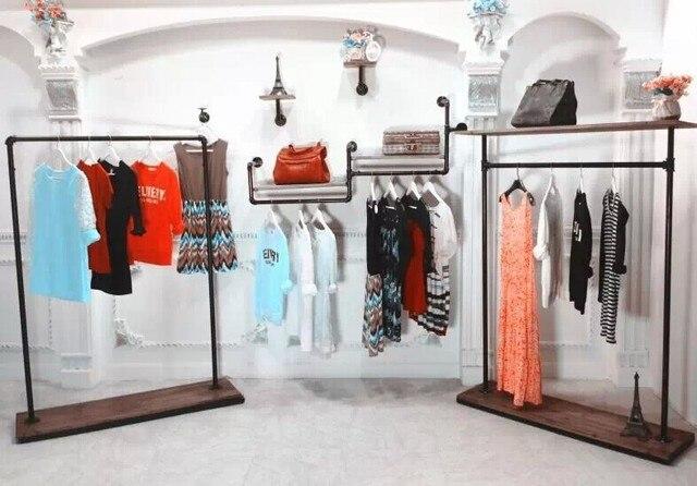 Amérique Magasin De Vêtements Vintage Plateau étage Porte Cintre - Porte cintre