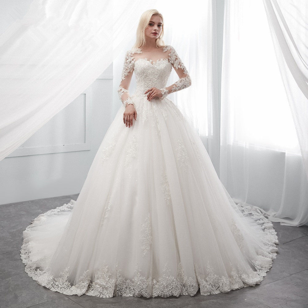 New Arrival 2019 A Line Wedding Dress Custom made Long Sleeves Lace Applique Beaded Plus Size