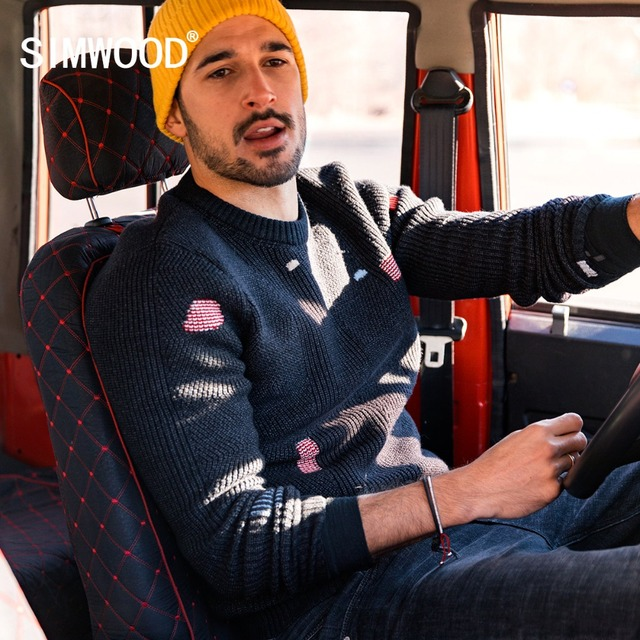SIMWOOD Winter New Spring Fashion Hip Hop Patch Distressed Knitwear Men Hole Streetwear Pullover 2019 Christmas Sweaters 180622