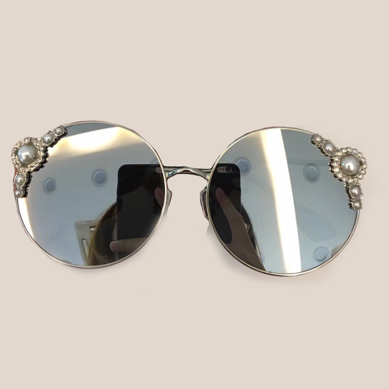 Round Sunglasses for Women Brand Designer 2018 New Fashion Eyewear with Pearl Oculos De Sol Feminino