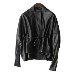 Image 5 - 유럽 스타일 진짜 양피 정품 여성 코트 2019 패션 양피 정품 가죽 짧은 Windcoat 박쥐 슬리브