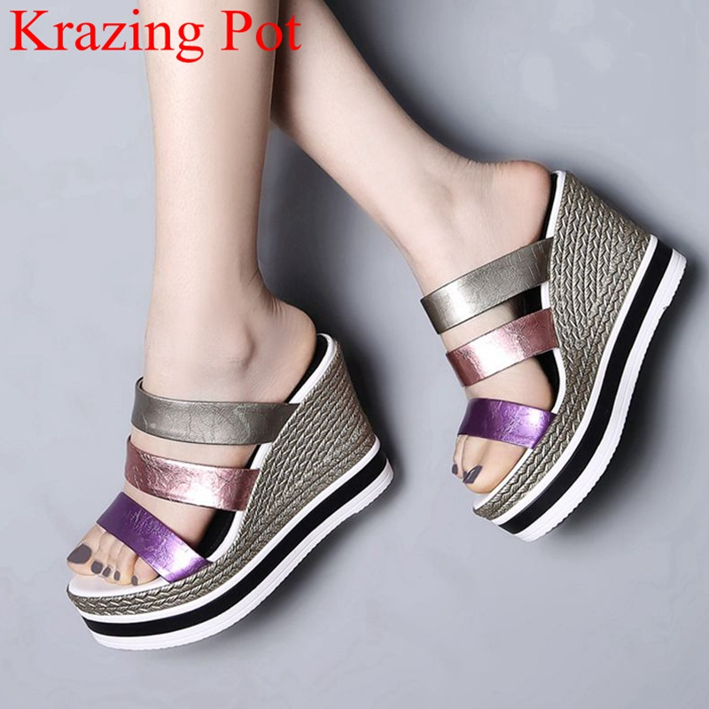 Ayakk.'ten Yüksek Topuklular'de Sıcak satış peep toe karışık renkler takozlar süper yüksek kadın sandalet rugan slingback katır marka platformu yaz ayakkabı L6f1'da  Grup 1