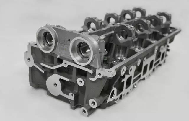 Головки цилиндров BT50 07-16 В мы WEC WE0110100J для MAZDA