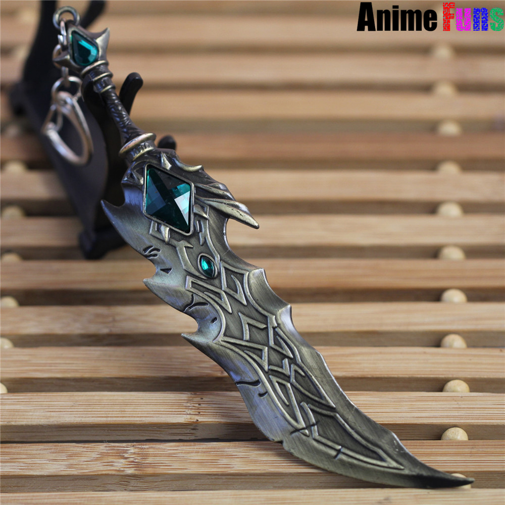 17cm Game <font><b>League</b></font> <font><b>Of</b></font> <font><b>Legends</b></font> Keychain LOL Tryndamere Weapon Keyring Model Charm <font><b>Cosplay</b></font> Jewelry Birthday Gift for women <font><b>man</b></font> image