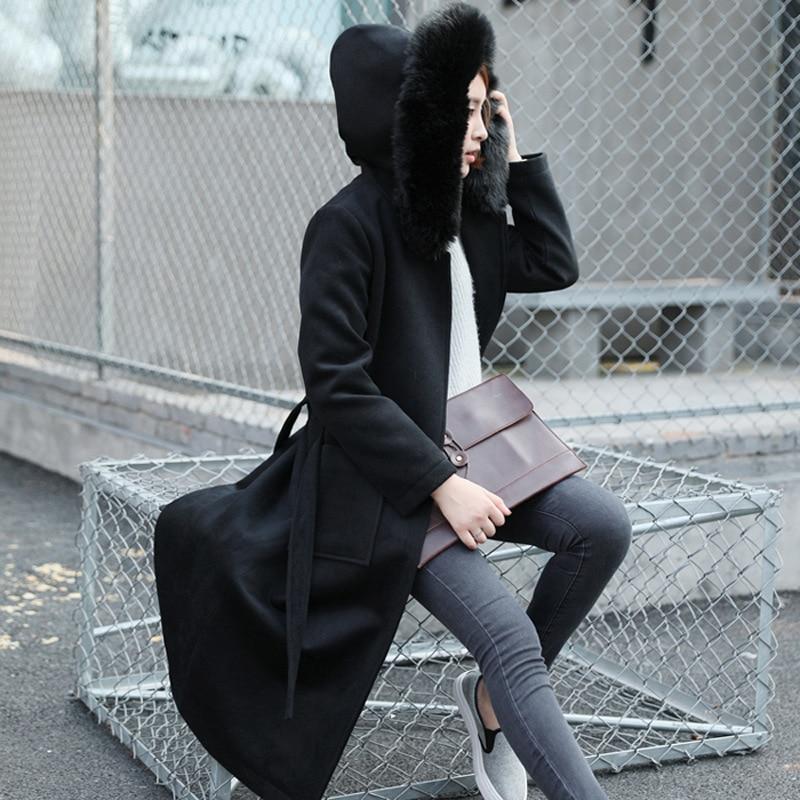 lange zwarte jas met capuchon