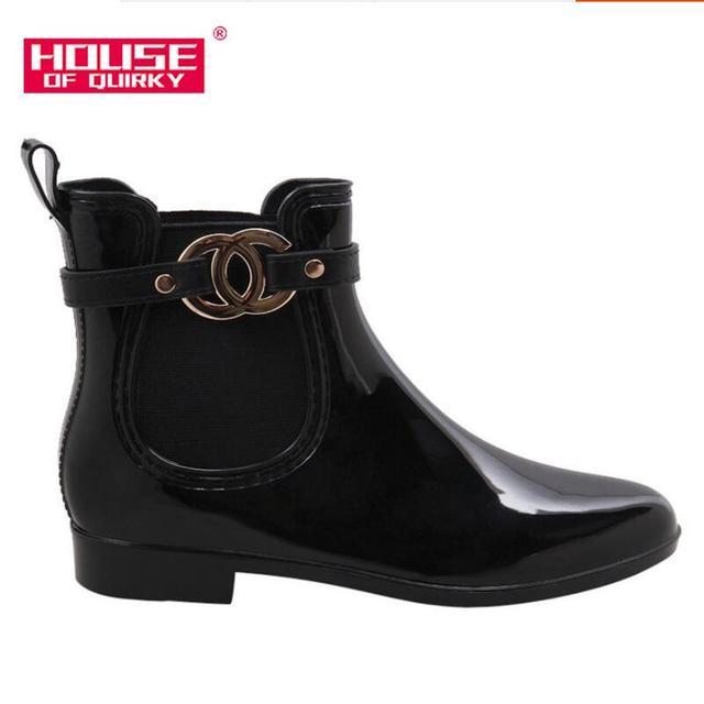 Novos Sapatos de Borracha Botas de Chuva Para Meninas Das Senhoras Das Mulheres Caminhadas À Prova D' Água PVC Mulheres Mulher Botas de Inverno Martins Tornozelo Rainboots 36 -41