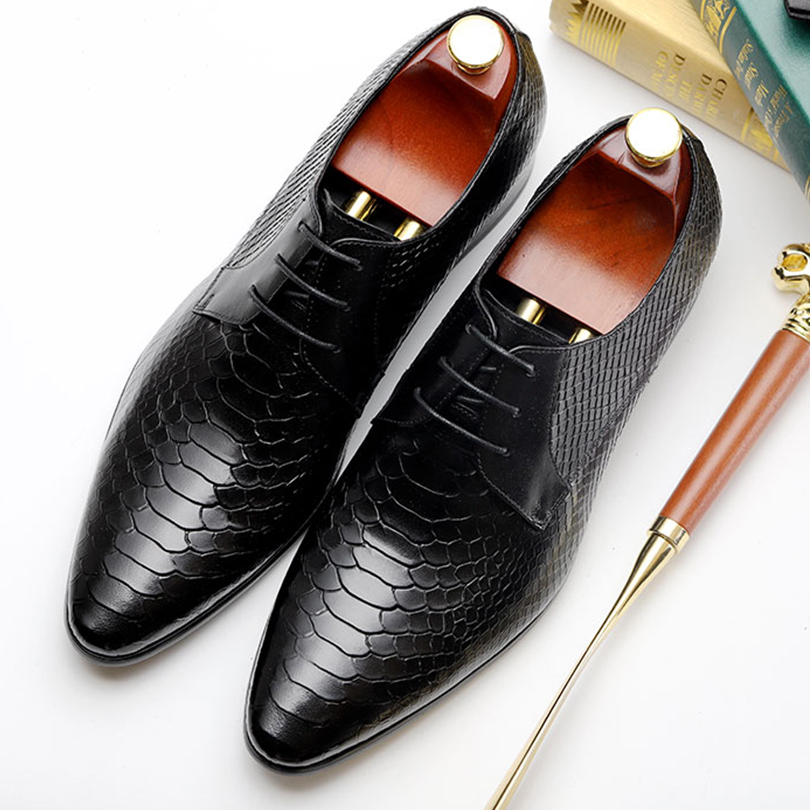 Men flats leather shoes luxury brand business snake pattern black lace up Dress Shoe men Wedding