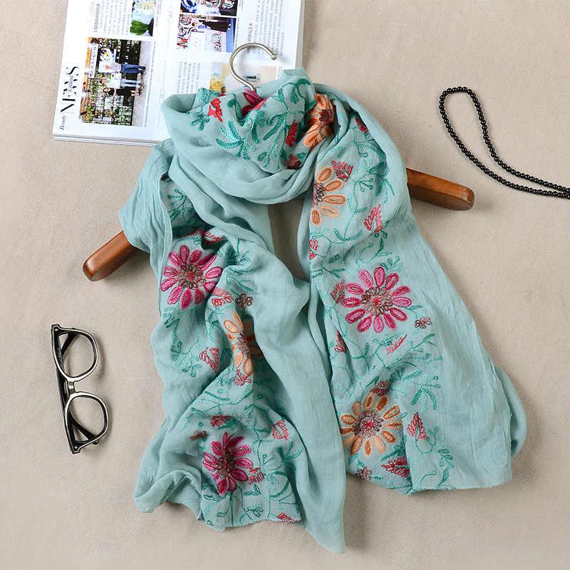 13色日本のエスニックスタイルの刺繍入りスカーフとショール用女性ファッションデザイン国家スタイルバンcachecol