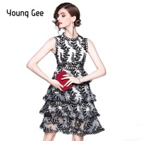 Young Gee Women Summer Runway Dress 2018 Fashion White Black Lace Princess Cake Floral Embroidered Knee Length Dresses vestidos