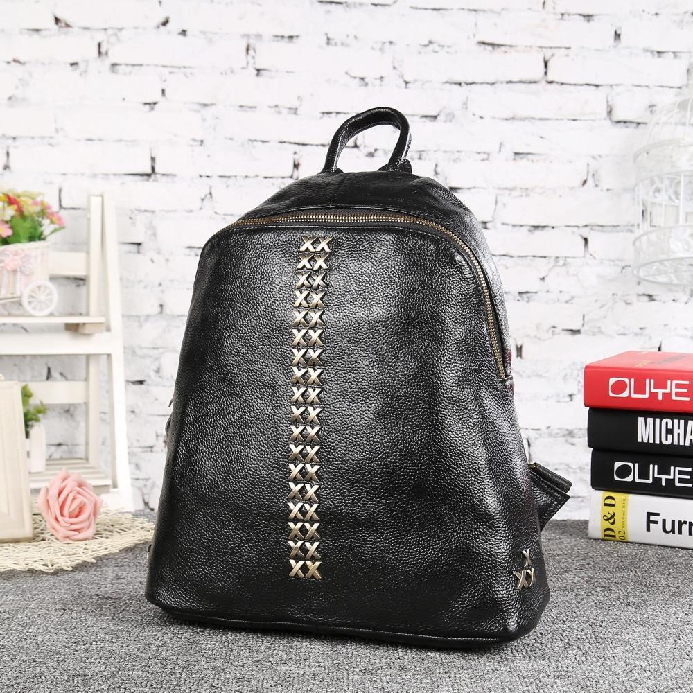 ФОТО Backpack Women Cow Genuine Leather Bag Ladies Backpack Feminina School Bags for Teenagers Fresh Korean Rivet Backpacks 33098