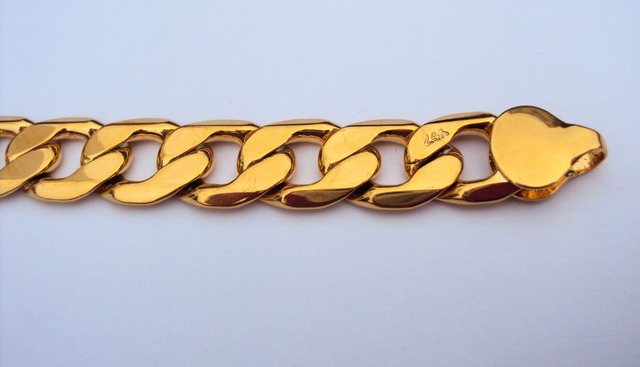 24K Yellow Gold Stamped GF Bracelet 9″ for Stylist Mens