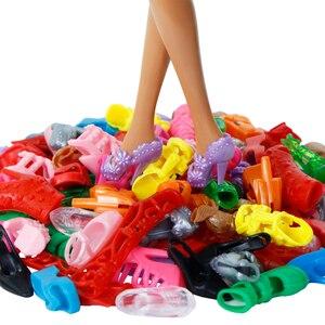 Image 4 - 42 アイテム/セット人形アクセサリー = 10 個の靴 + 8 ネックレス 4 メガネ 2 クラウン 2 ハンドバッグ + 8 個ドールドレス服バービー人形