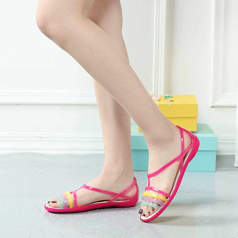 22028 fashion new spring and summer 2018 shoes TPU flat non-slip sandals bottom hole hole fashion sandals22028 fashion new spring and summer 2018 shoes TPU flat non-slip sandals bottom hole hole fashion sandals