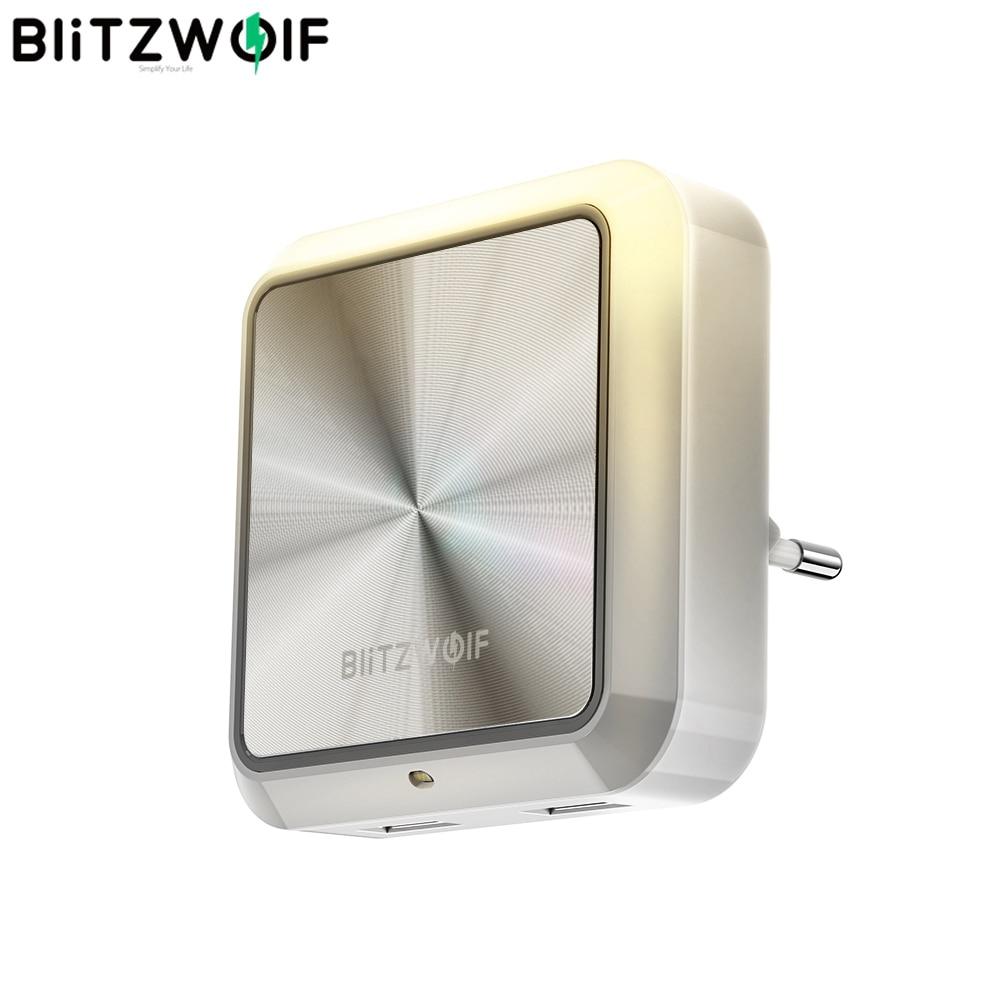 BlitzWolf BW-LT14 DC 5V 2.4A Smart Home Plug-in Smart Light Sensor LED Night Light With Dual USB Charging Socket Eu Plug Socket