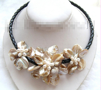Bir el yapımı choker beyaz seashell çiçek İnciler kolye b0631