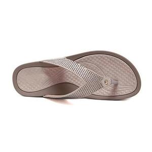 Image 5 - BEYARNE2019New נשים פרחוני חרוזים נצנצים קישוט רשת כפכפים פליפ פלופ סנדל טריז platformshoes sandalia femininaE054