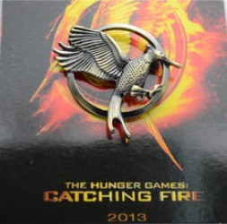 Hot Sale New movie products <font><b>catching</b></font> <font><b>fire</b></font> brooch 2013 <font><b>The</b></font> Hunger Games 2 brooch High quality jewelry with card free shipping