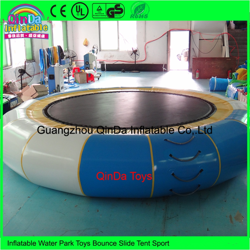 2017 Newest Design Cheap Price Combo Inflatable Aqua Water Trampoline with Metal Spring