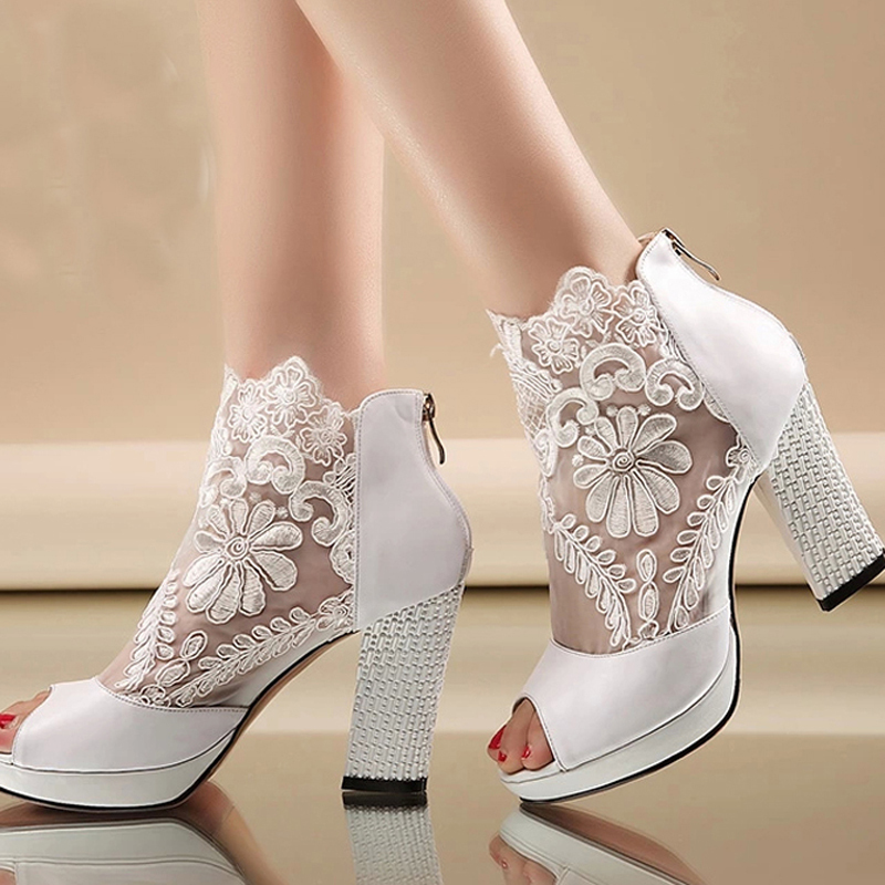 New Fashion Peep Toe Summer Wedding Boots Sexy White Lace Prom Evening Party Shoe Bridal High Heels Lady Formal Dress Shoes цены онлайн