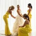 2016 único amarillo sirena cariño escote sin tirantes gasa largo vestido de dama con Peplum robe demoiselle d'honneur