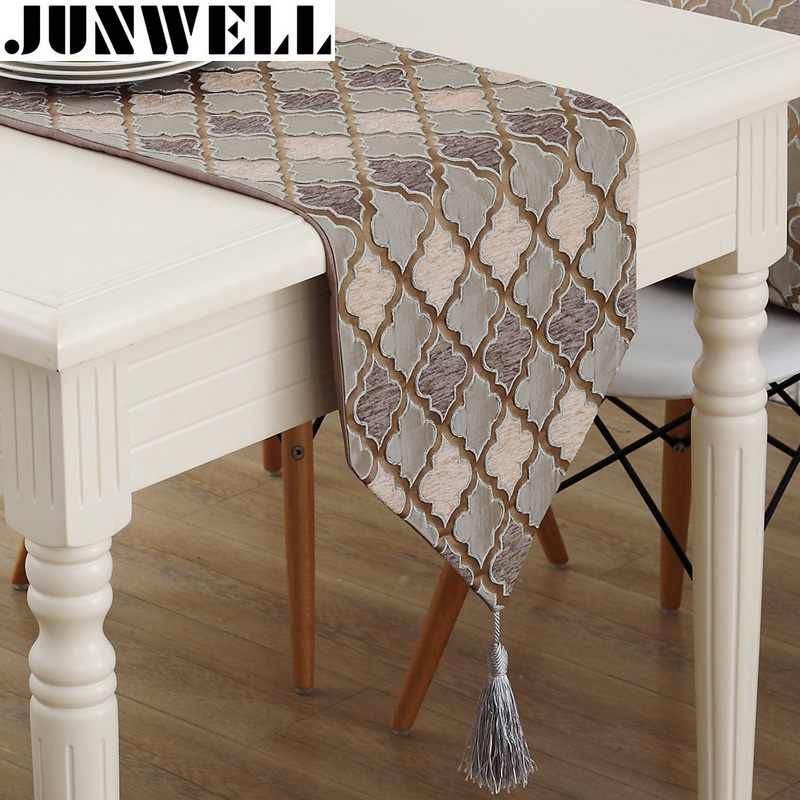 Junwell Fashion Modern Table Runner Fargeløs Nylon Jacquard Runner Bordduk Med Tassels Cutwork Brodert Bordløper