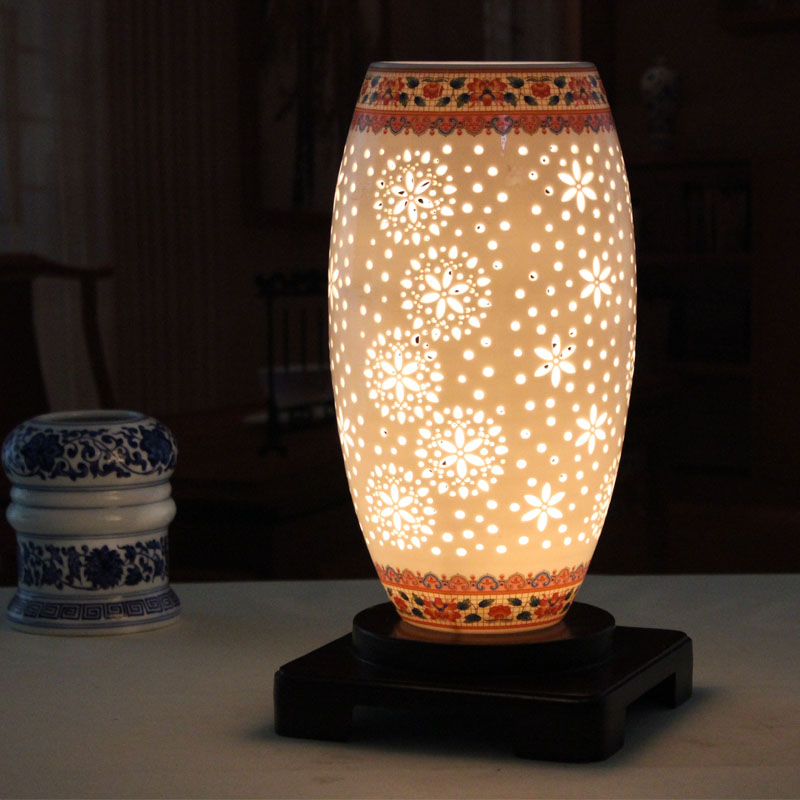 modern Chinese new classical ceramic table lamp bedroom bedside living room desk lamp garden table light ZA1124655 tuda 2017 now ceramic table lamp chinese wedding room bedroom bedside lamp bedside lamp simple modern ceramic decoration lamp