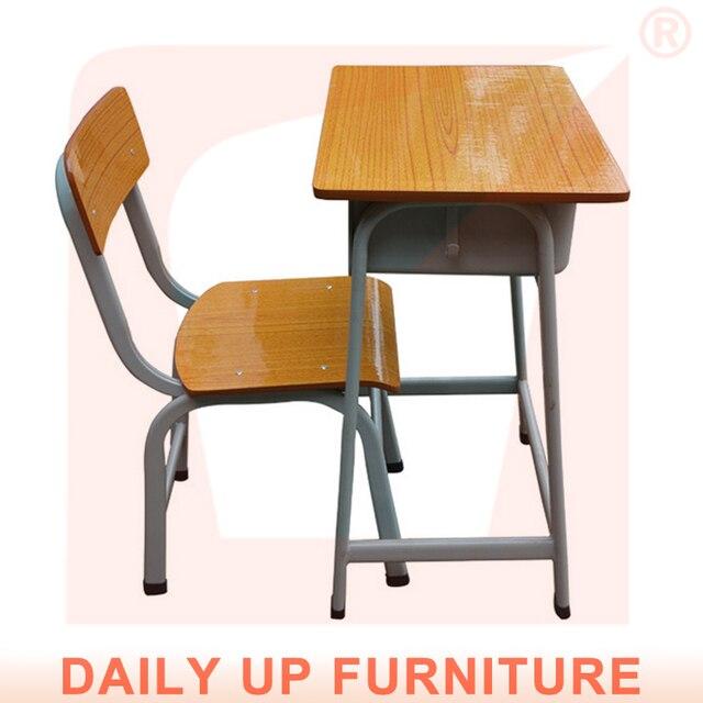 Estudiante de la escuela escritorio y silla fija niño cama muebles ...