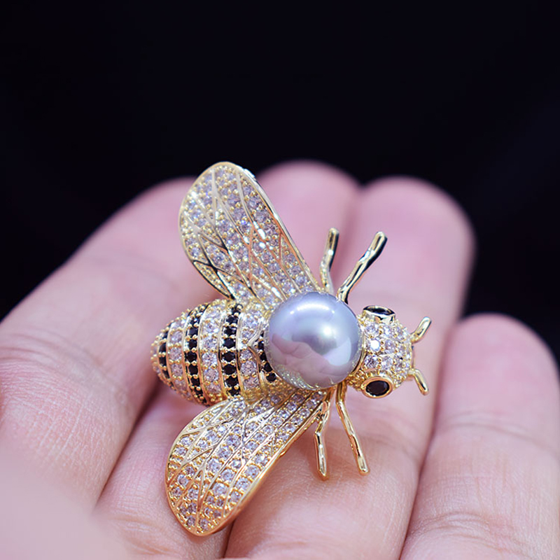 Gold Color Bee Brooches Micro Inlays Zircon Fashion Brooch Pins Korean Style Dress Jewelry Accessories for Women Breastpin Gifts