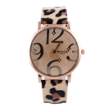 2018 New Style Fashion Women watches Leopard print Leather Band Analog Quartz Watch ladies Wrist Watch Montres Femme Clock Gifts