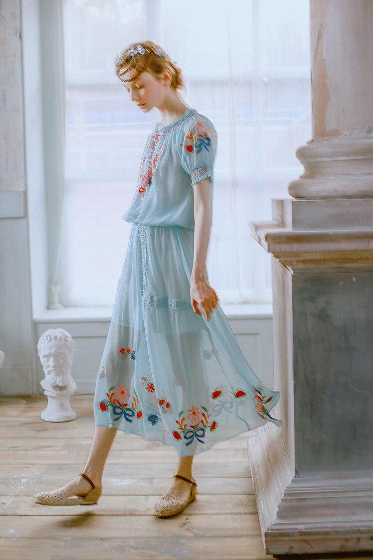Buste Jupe Bleu Broderie Chinoiserie Anthocaulus ligne Lynette's A Eau Petit q4RzfAT