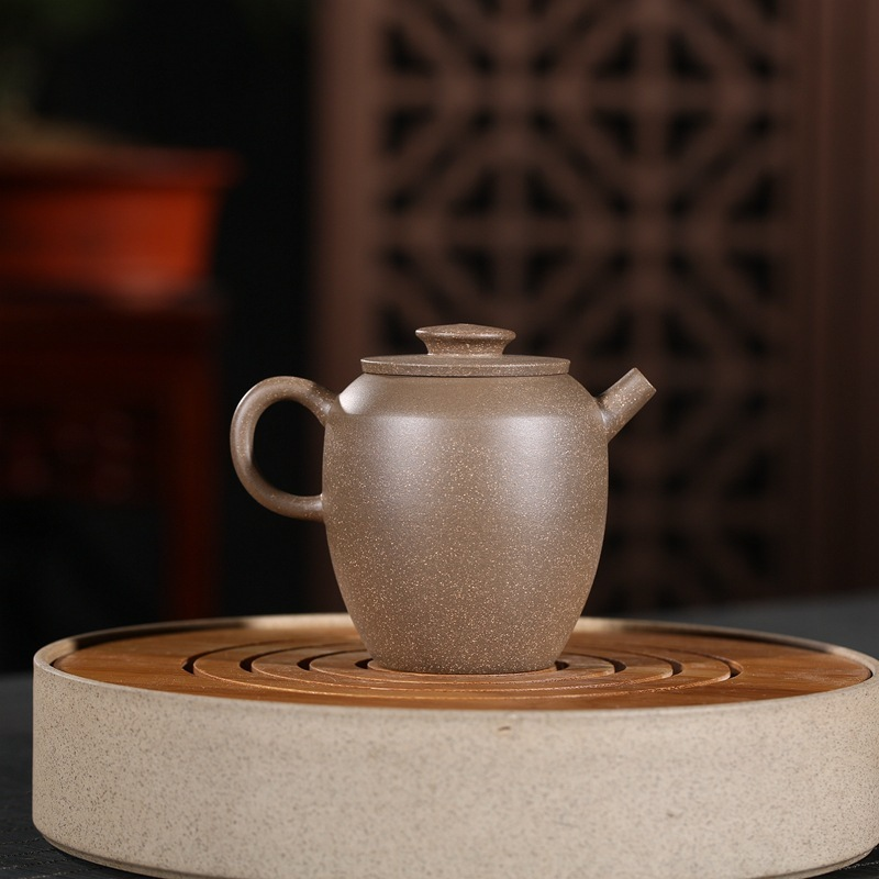 Yixing are recommended by the manual ship its clay bead lettering mud painting tea undertakes undertakes the teapotYixing are recommended by the manual ship its clay bead lettering mud painting tea undertakes undertakes the teapot